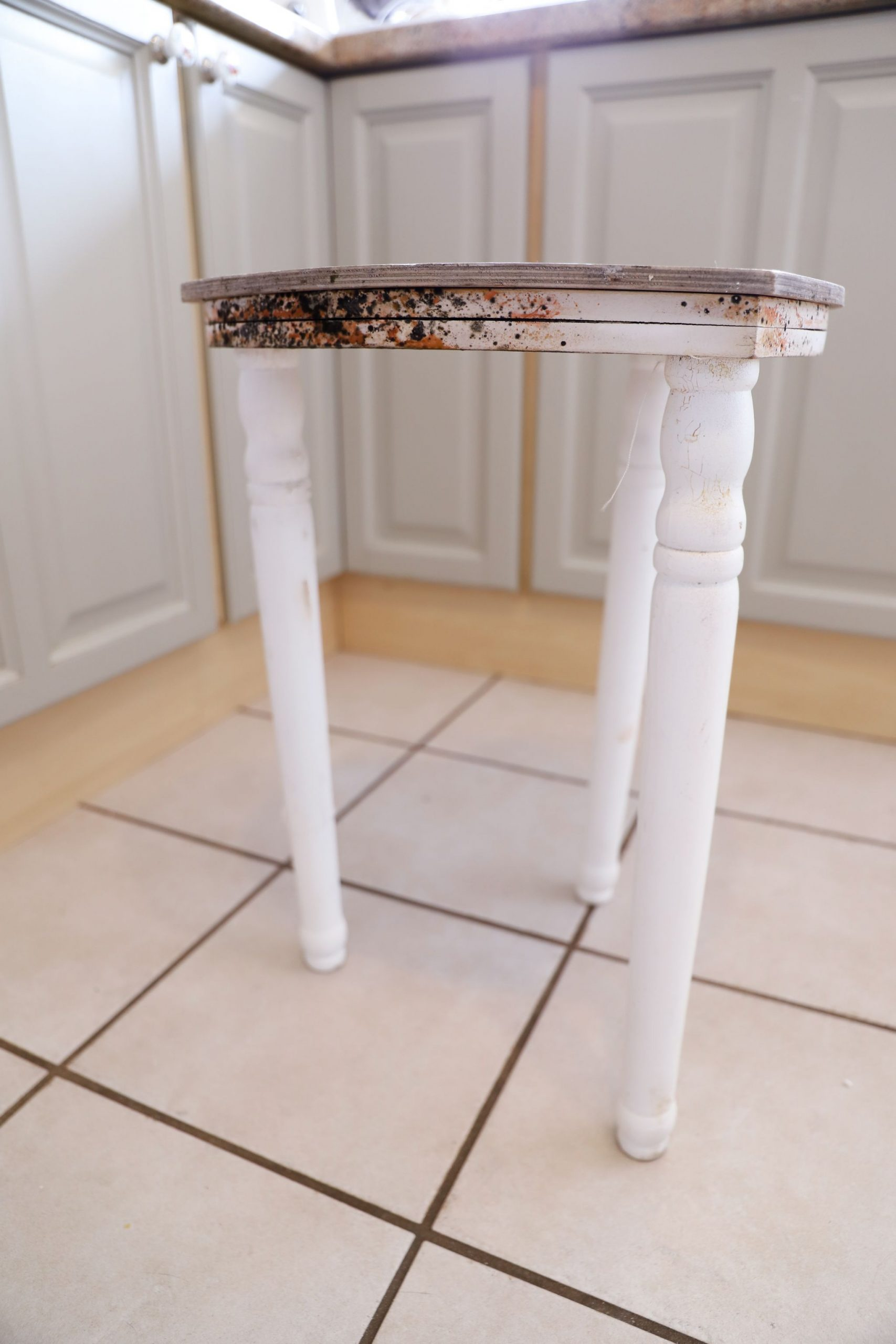 Mouldy Love Heart Table Makeover