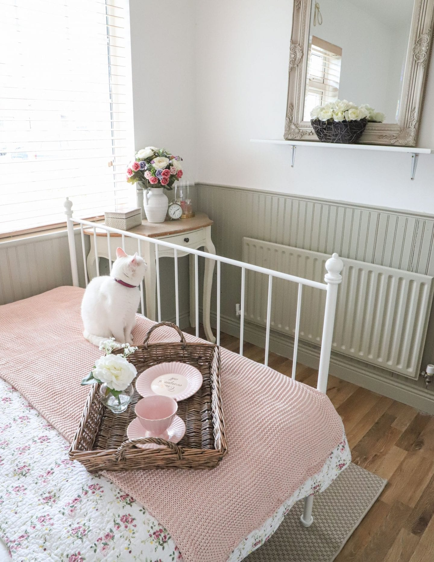 Small Bedroom Makeover, Ikea Leirvik